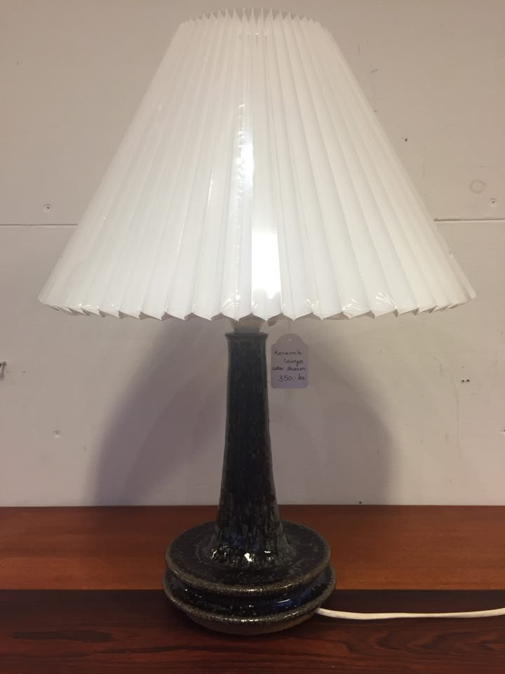 boligtilbehoer bordlampe keramik uden skaerm