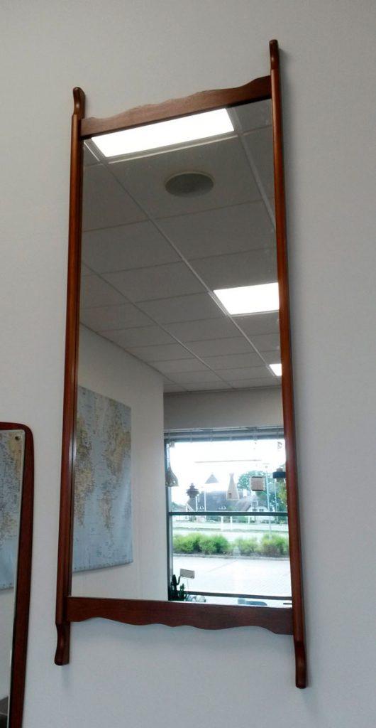 boligtilbehoer spejl fine kanter dansk moebel producent erne teak