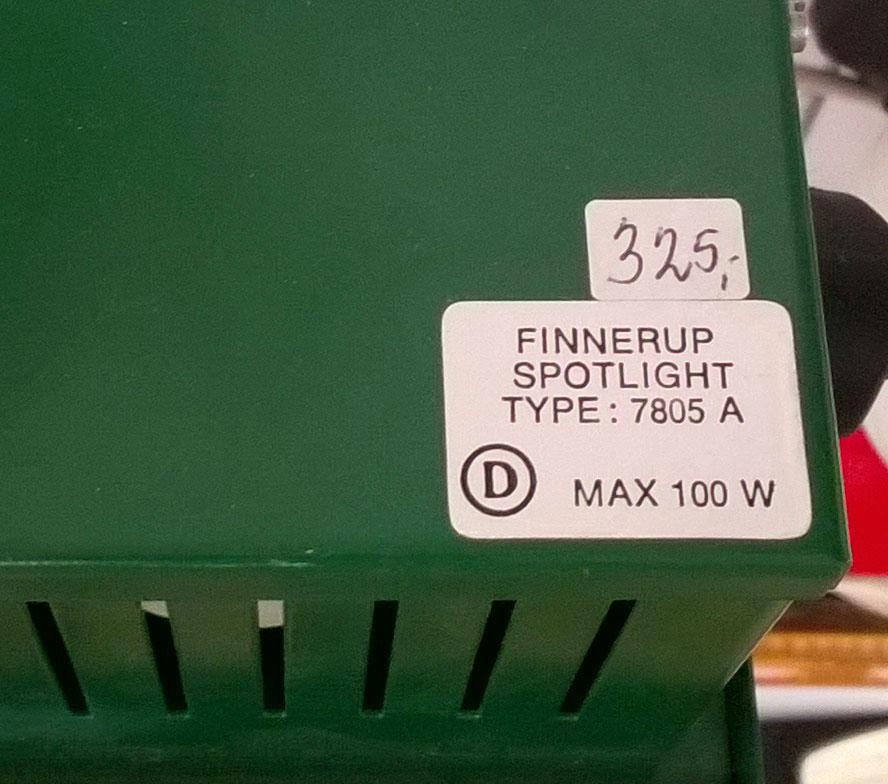 boligtilbehoer vaeglampe finnerup spotlight groen