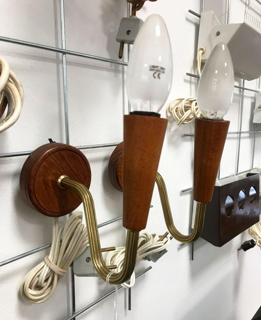 dekohjem boligtilbehoer fine lamper til vaeggen teak fra