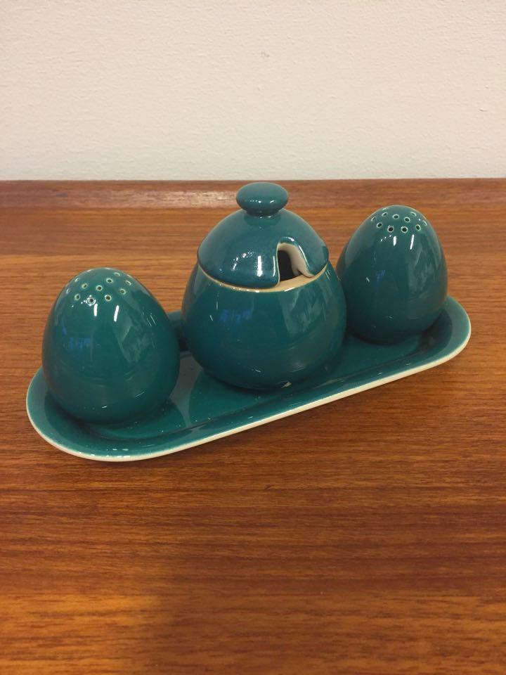boligtilbehoer underskaal salt peber sennepskrukke confetti keramik
