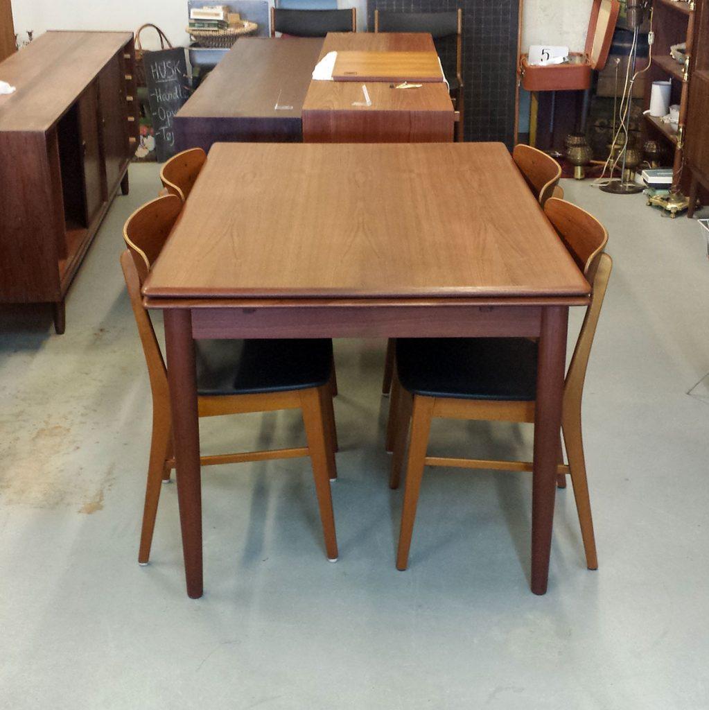dekohjem retro flot spisebord i teak med hollandsk udtraek