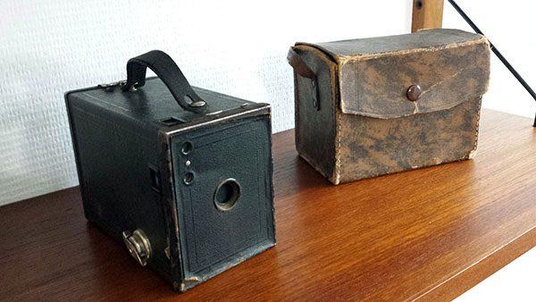 boligtilbehoer varia gammelt kamera med taske