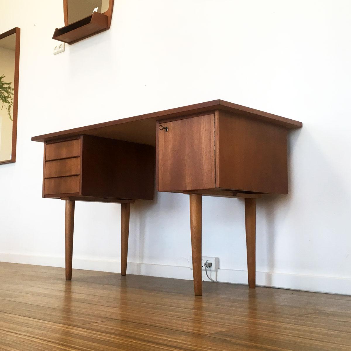 Picture of: Borde Dekohjem Teak Og Palisander Dansk Design